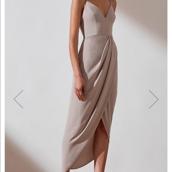 Shona Joy Dresses & Skirts - Shona Joy oyster dress